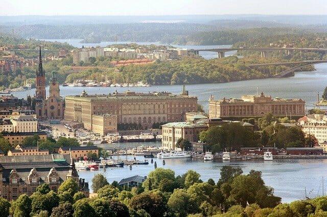 スウェーデン独自の異端感染対策と日本の対策の類似点